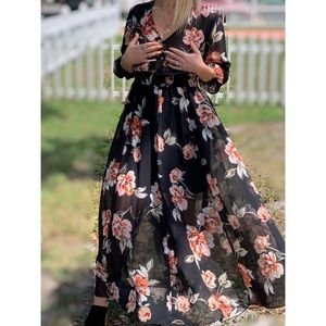 Slimming Floral Long Sleeve Maxi Dress Size 4